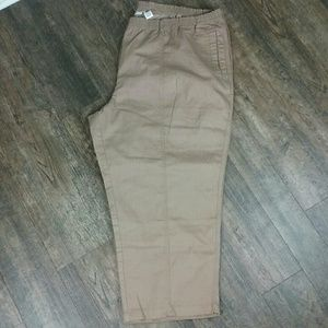 ROAMAN'S Brown Pants. NWOT. Size 34WP